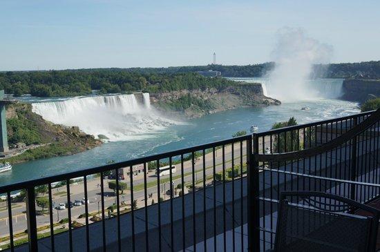 Crowne Plaza Niagara Falls - Fallsview: View of the Falls from Balcony