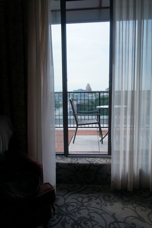 Crowne Plaza Niagara Falls - Fallsview: Balcony from inside the room