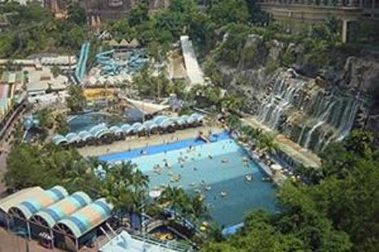 Sunway Lagoon Theme Park: top view water park
