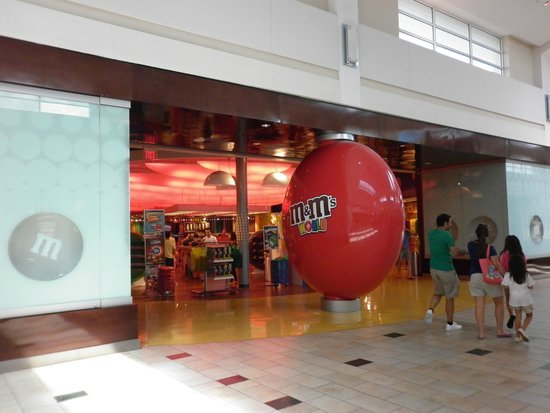 The Florida Mall: Lo mejor del mall, la tienda de M&M