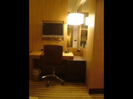 Starhotels Ritz : bedroom