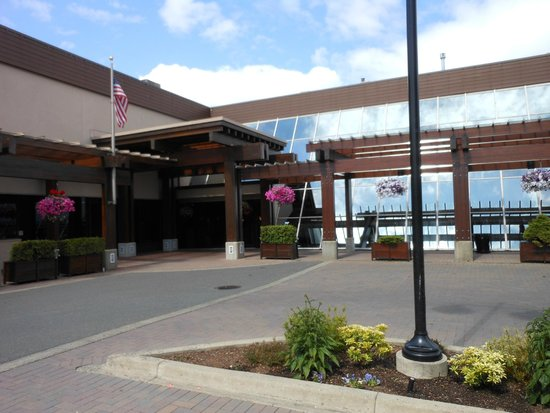 BEST WESTERN The Westerly Hotel & Convention Centre: front of hotel