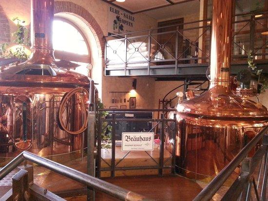 Bayerischer Bahnhof: I distillatori in bella vista