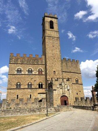 Castello dei Conti Guidi di Poppi: Poppi castle