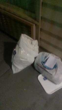 Central Plaza Hotel: bag your own towels, empty your own garbage. on. this vacation, you get to be the maid