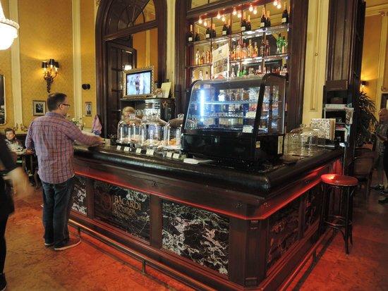 Művész Kávéház: Muvesz Coffee House