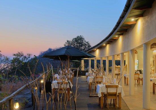 Lake Malawi National Park, Malawi : Dining area