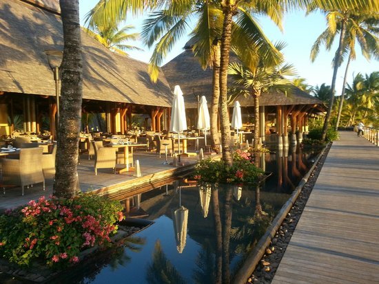 Trou aux Biches Beachcomber Golf Resort & Spa : la caravelle restaurant