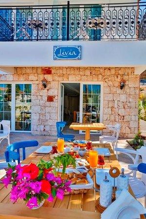 리비아 호텔