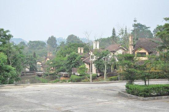 Imperial Phukaew Hill Resort: เป็นหมู่บ้านย่อมๆได้เลย