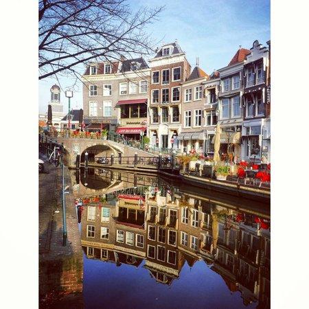 Ibis Leiden Centre: Canal