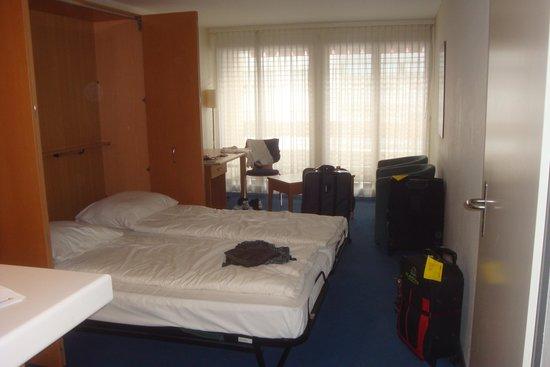 Utoring An der Reuss: Studio Apt room - folding beds