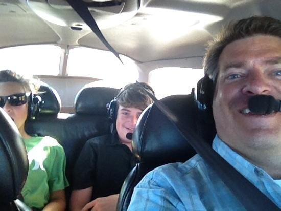 "Paia, Hawaje: Eric ""had the plane"" while I took this family ""selfie""."