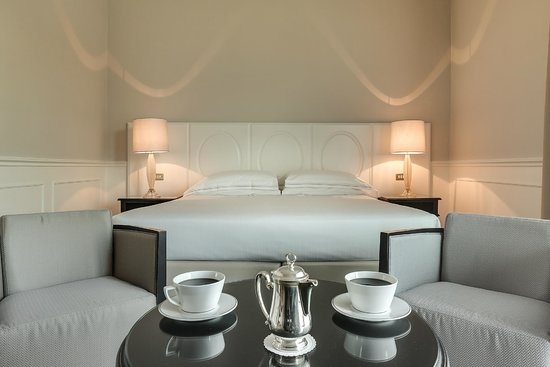 Plaza Lucchesi Hotel : Classic double room