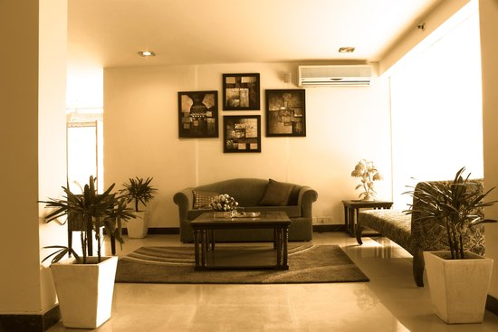 Tavisha Hotel: Lobbyseating