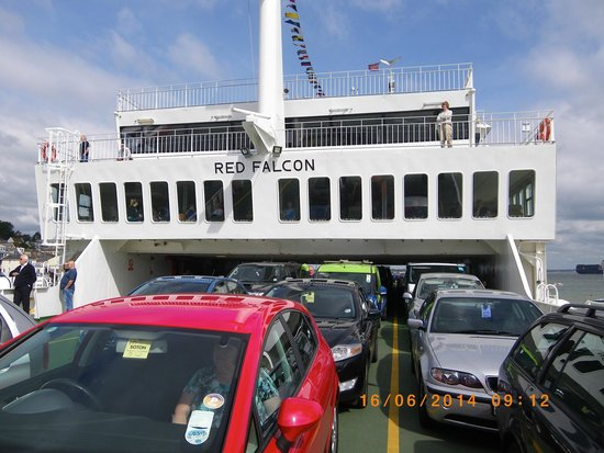 Red Funnel Ferries: Red Falcon