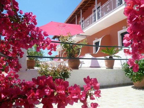 Photo of Noufaro Apartments Corfu