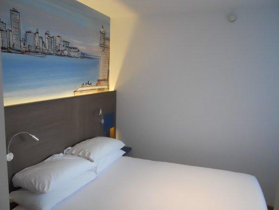Sercotel Blue Coruña: Artwork