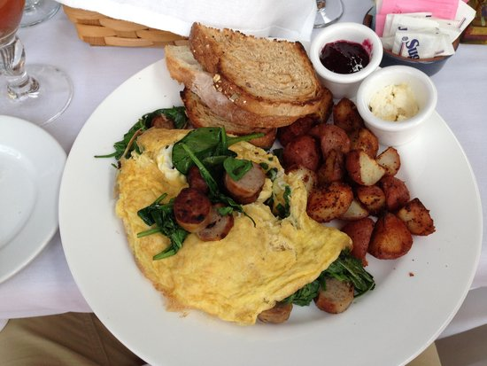 Cristina's: Fresh Spinach & Sausage Omelet