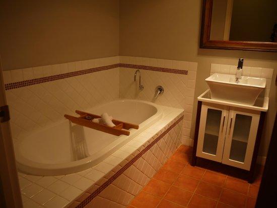 Wildwood Valley: Common Bathroom bathtub