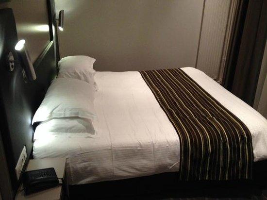 Hotel de Grignan : Hôtel de Grignan (chambre)