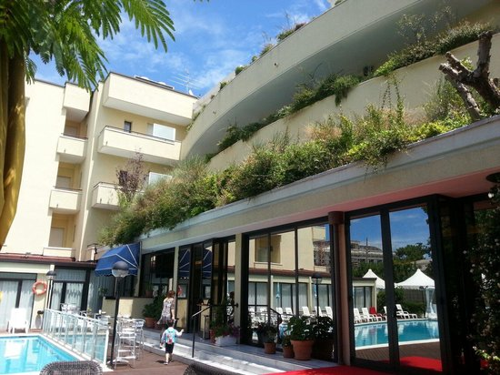 Park Hotel Kursaal : Dalla piscina