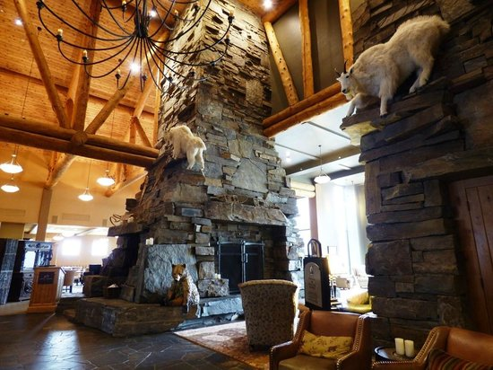 Jack Creek Grill: From the lobby/front desk area