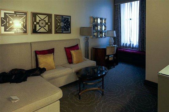 Silversmith Hotel Chicago Downtown : coté salon et bureau