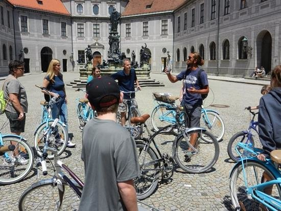 Mike's Bike Tours: One of many stops to view the key sites with Elliot's explanation