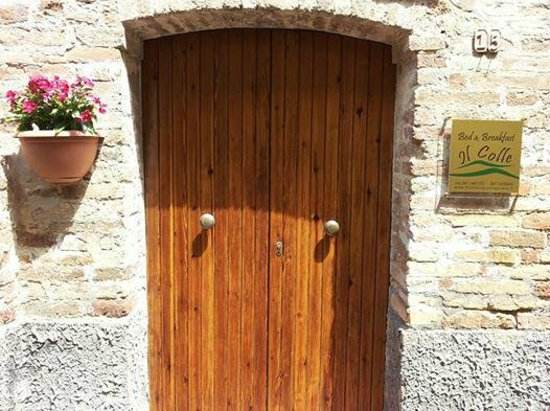 Il Colle Bed & Breakfast: ingresso