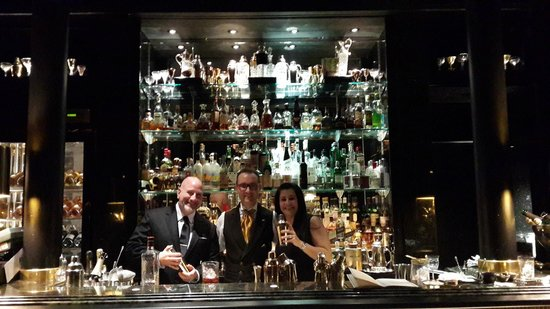 The Savoy Grill : The hotel's stunning Beaufort Bar.