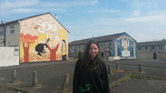 Belfast Mural Tours: The gold rush