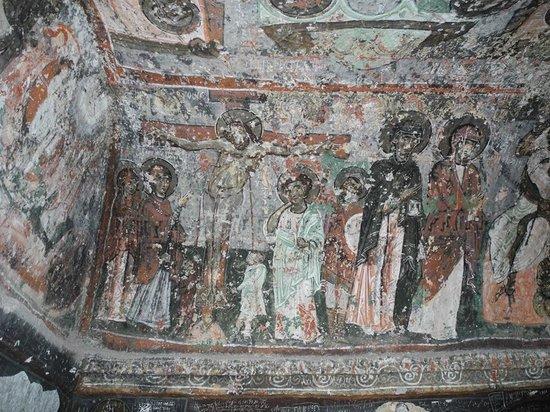 Soganli Valley : More lovely frescos.