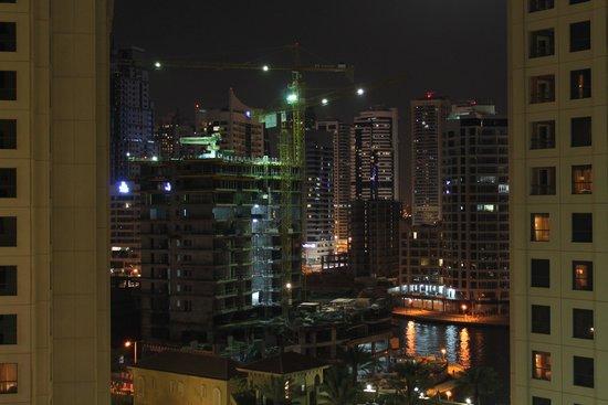 Movenpick Hotel Jumeirah Beach : en construction
