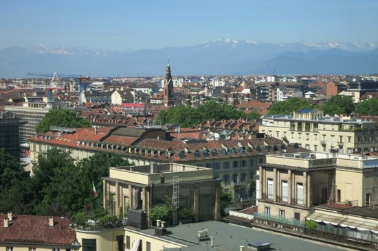 Hotel Principi di Piemonte: View out of the room
