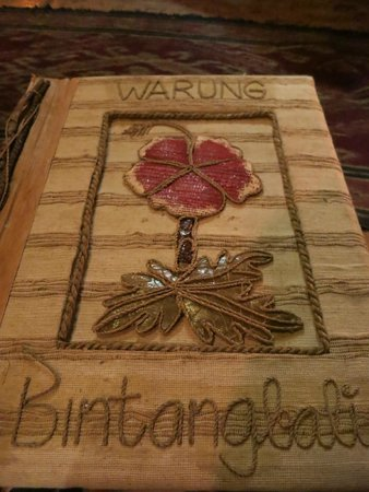 Warung Bintangbali: Even the menu is beautiful!