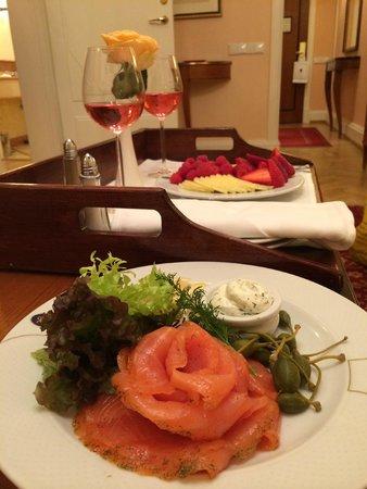Belmond Grand Hotel Europe: потрясающая рыбка, обслуживание на 5+