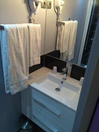 Le Boulevardier : Salle de bain
