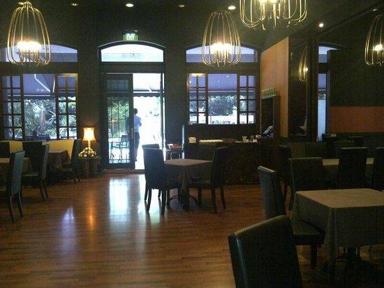 Nuoc : Saigon Bistro restaurant