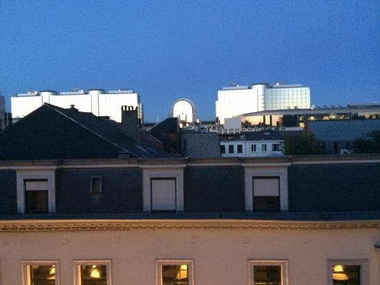 Hotel Leopold Brussels : View from room.