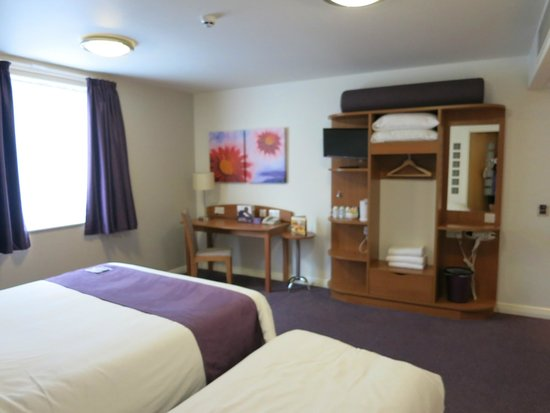 Premier Inn London Blackfriars (Fleet Street) Hotel: Inside our room