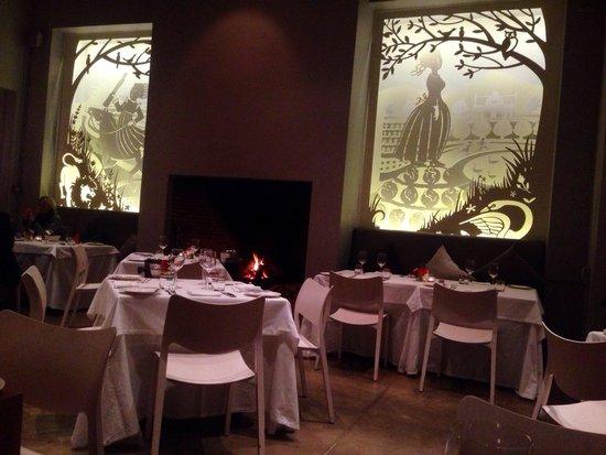 Catharina's Restaurant at Steenberg: The decor