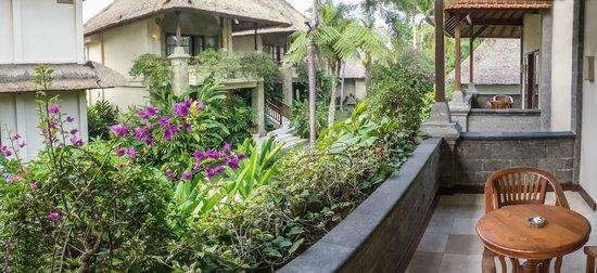 Samhita Garden: balcón de la habitación