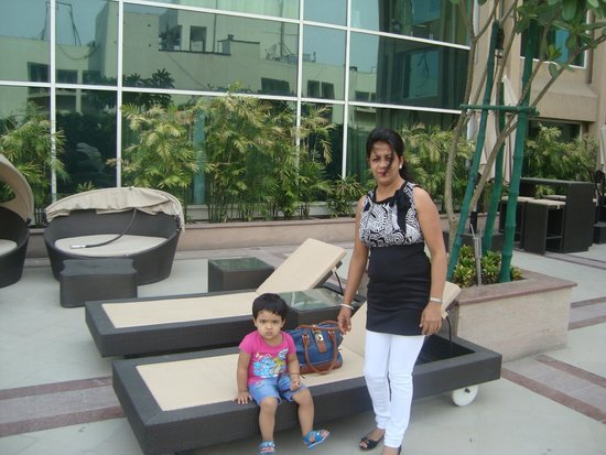 Holiday Inn Amritsar Ranjit Avenue: Swimming Pool