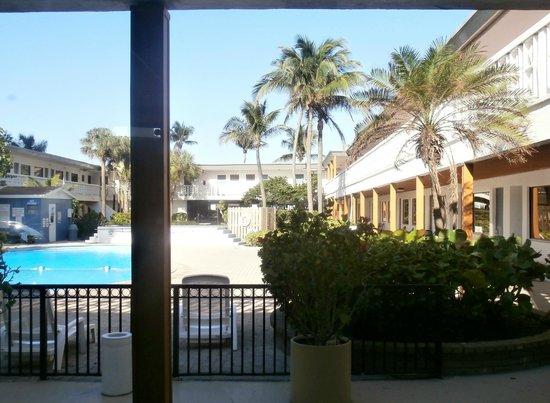 Travelodge Monaco/N Miami/Sunny Isles: Zona piscina