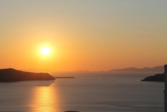 Aigialos Hotel: View of Sunset from Notos House