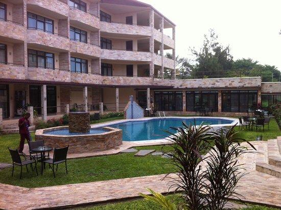 Бурунди: Roca Golf Hotel ©Thierry Duvivier