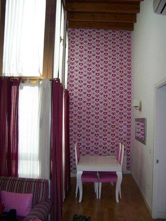 Castellar Singular Apartments: salottino