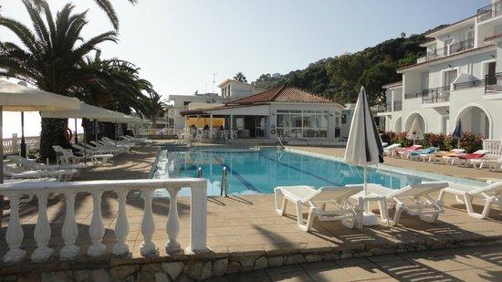 Chryssi Akti Hotel: отель (вид из 106 номера)