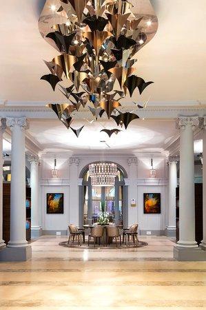 Paris Marriott Opera Ambassador Hotel : Hotel Lobby